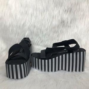 7bc6f8700c57 Rocket Dog Shoes - Rocket Dog Bayer Metallic Stripe Platform Sandal